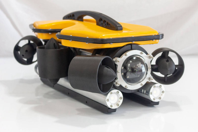 Oceanus Pro and Mini ROV - quarter view