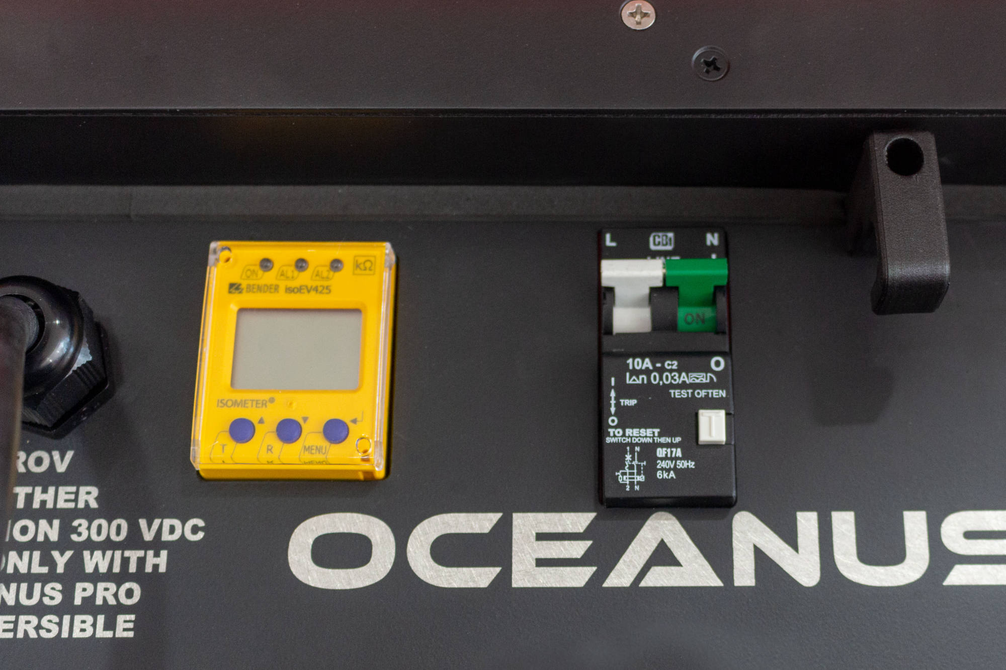 Oceanus Mini - built in safety features